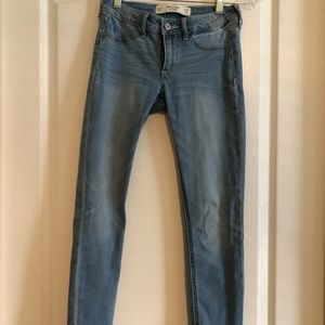 Abercrombie & Fitch Light Wash Skinny Jeans